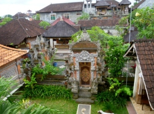 Two temples and twenty rooftops