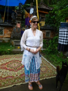 Jan is beautiful in her lacey kebaya and sarong